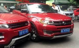 حادث غريب من نوعه جمع بين ايفوك ونسختها الصينية المقلدة