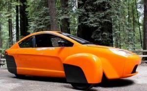 سيارة جديدة بثلاث عجلات