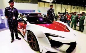 سيارة فارهة بسعر 6.5 مليون درهم تنضم لأسطول شرطة أبوظبي