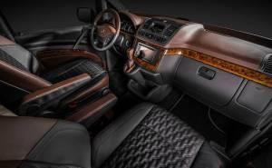 سيارة مرسيدس فيانو
