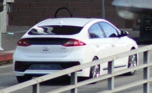 سيارة هيونداي ايونيك 2017