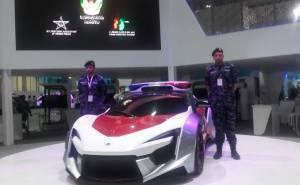 شرطة ابوظبي تضم فينير سوبر سبورت لاسطولها
