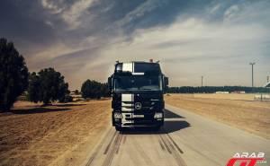 صور شاحنة مرسيدس