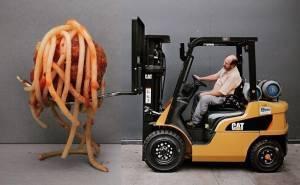 صورة مركبة لرافعة شوكية مع معكرونة