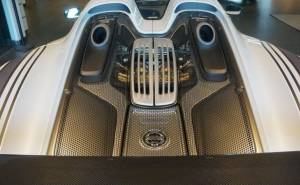 محرك بورش 918 سبايدر