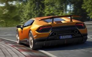 هوراكان بيرفورمانتي الجديدة تعتمد على أقوى محرك V10 من لمبرجيني