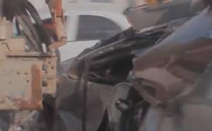 كابريس تصطدم بشاحنة