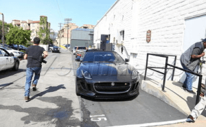 بيكهام يقود جاغوار F-Type