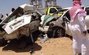 كورولا ونيسان صني محطمتين ومصرع شخصين في السعودية
