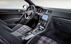 مقصورة جولف GTI 2015 الداخلية