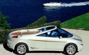 1997 Peugeot 806 Runabout من الجانب