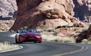 استون مارتن V12 فانتيج S رودستر جديدة