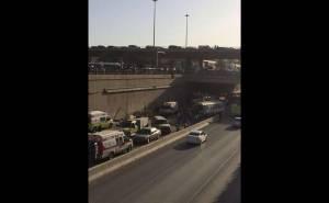 حافلة العمال التي سقطت عن جسر الرياض والمسعفين