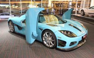 سيارة رياضية