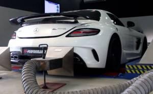 مرسيدس SLS AMG GT على جهاز الداينو
