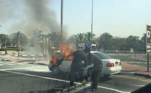 Fire breaks out in Toyota Corolla-حريق يندلع بسيارة في دبي