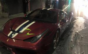 تحطم سيارة فيراري 458 سبيشيالي في امريكا