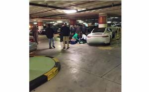 موظف ركن يسقط بعد تعرضه لحادث
