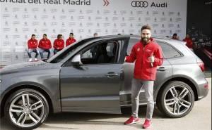 لاعبي ريال مدريد مع سياراتهم الجديدة