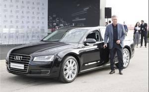 الفريق الملكي يحصل على سيارات جديدة