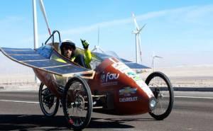 سيارات شمسية