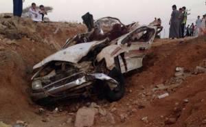 هايلوكس محطمة في السعودية