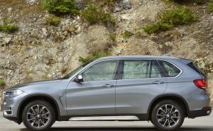 BMW X5 2014 صورة جانبية
