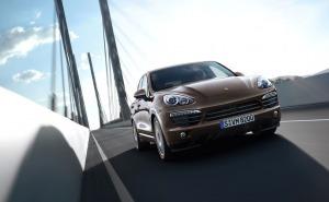 بورش كايين اس 2013-Porsche Cayenne S الواجهة الامامية-الصدام-الاضواء-الشبك