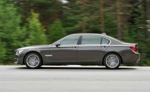 BMW 7 series بي ام دبليو الفئة السابعة-2013 الكفرات-الجنوط