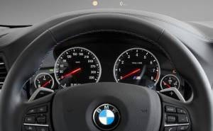 بي ام دبليو M5 2012 دركسيون-مقود