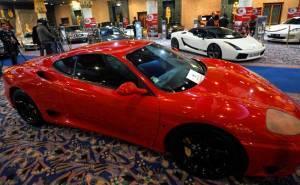 سيارات بن علي الرئيس التونسي المخلوع تعرض في المزاد