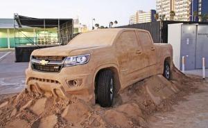 عملية صنع شيفروليه كولورادو 2015 من الرمال