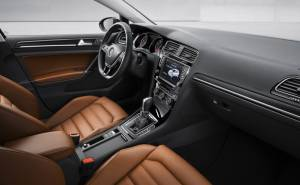 فولكس واغن غولف 2013 المقصورة الداخلية-المقاعد-الطبلون-عجلة القيادة