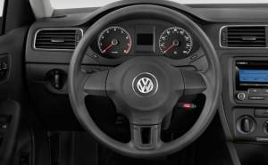 Volkswagen Jetta فولكس واغن جيتا 2013 دركسيون-عجلة القيادة