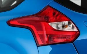 Ford Focus فورد فوكاس-2013-الضوء الخلفي