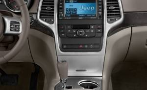 جيب غراند شيروكي Jeep Grand Cherokee-2012-شاشة-تابلوه
