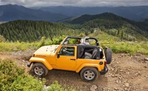 جيب رانجلر-Jeep Wrangler 2013-من الجنب