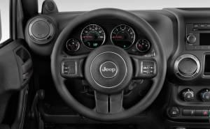جيب رانجلر-Jeep Wrangler 2013-مواصفات-عدادات-عجلة قيادة