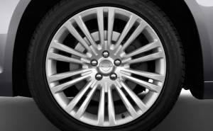 عجلات كرايسلر 300 2012