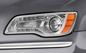 أضواء كرايسلر 300 2012 الأمامية