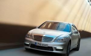 2010 Mercedes-Benz S63 مرسيدس بنز اس 63 ايه ام جي-من الامام