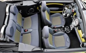ميني كوبر S كابريو 2012 مقاعد