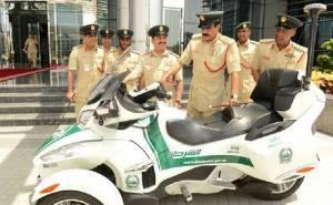 شرطة دبي تضم الدراجات الفاخرة الى اسطولها