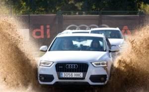 Barcelona's players اختبار سيارات اودي-