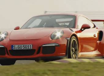 استمع لصوت بورش 911 GT3 RS الأصلي بدون أي مؤثرات