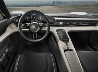 بورش تخطط لإنتاج سيارة صغيرة ورخيصة
