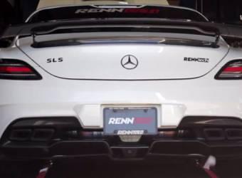 مرسيدس SLS AMG النسخة السوداء على الداينو