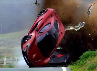 تحطم كوينيغسيغ اغيرا R في فيلم Need for Speed