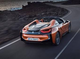 وأخيراً ظهرت سيارة بي ام دبليو اي 8 رودستر 2019