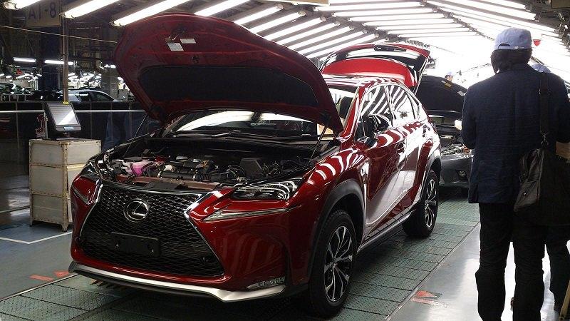 شاهد عملية صنع سيارة لكزس nx في اليابان
